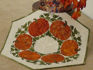 Product: Applique Pumpkin Table Topper